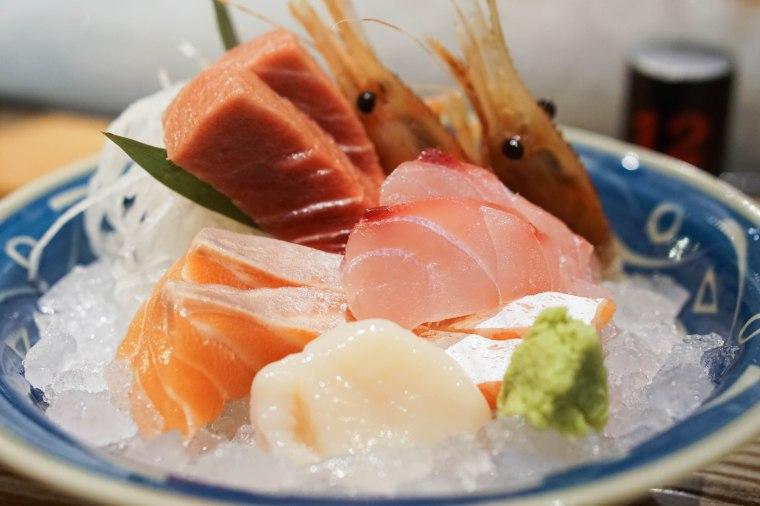 Addiction Aquatic Development sashimi combo
